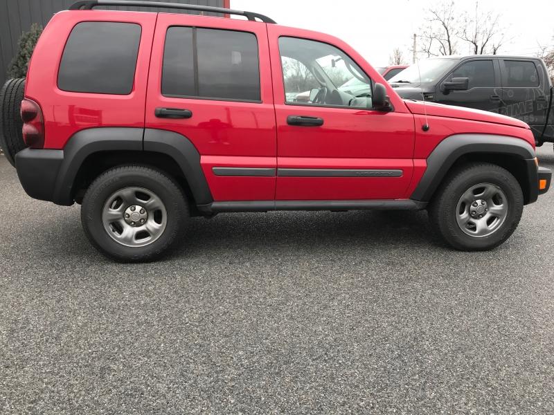 Jeep Liberty 2005 price $4,600