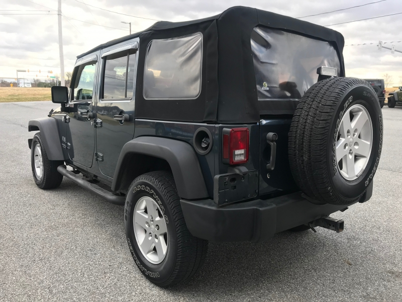 Jeep Wrangler 2007 price $10,995