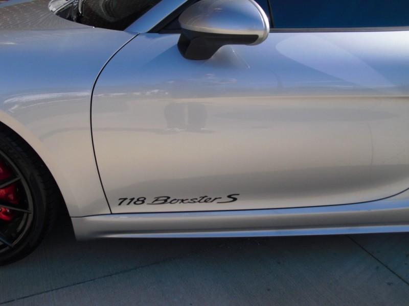 Porsche 718 Boxster 2017 price $62,900