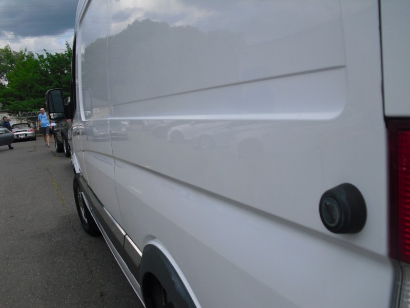 Mercedes-Benz Sprinter Cargo Vans 2010 price $22,900