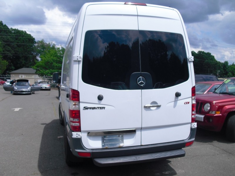 Mercedes-Benz Sprinter Cargo Vans 2010 price $0