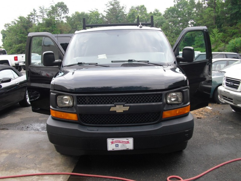 Chevrolet Express Cargo Van 2017 price $14,500