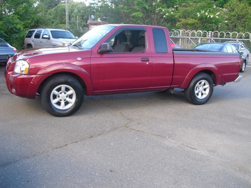 Nissan Frontier 2WD 2004 price $4,700