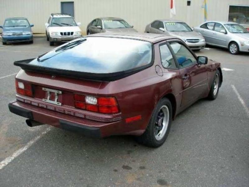 Porsche 944 1984 price $4,400