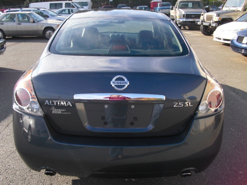 Nissan Altima 2009 price $5,999
