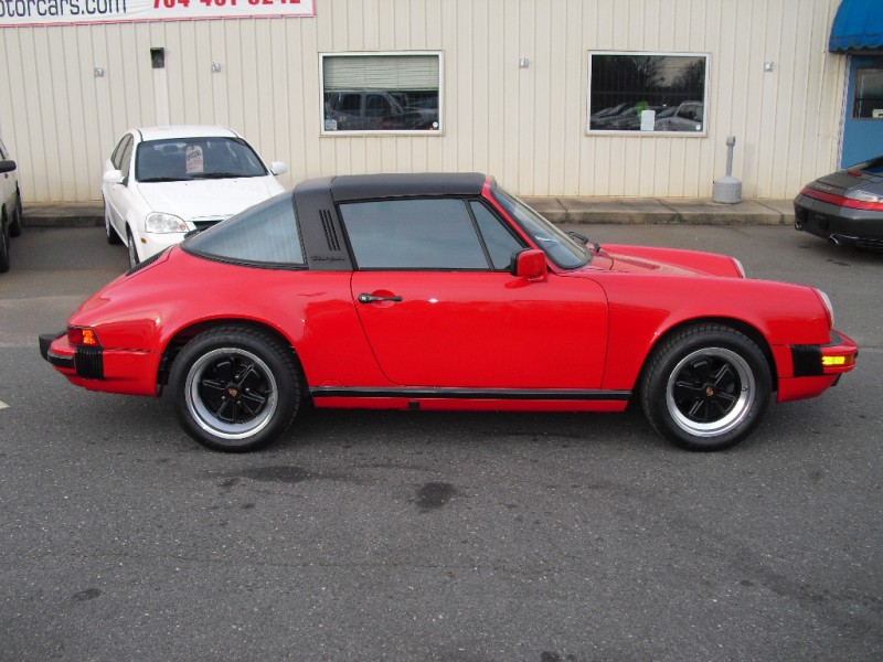 Porsche 911 Carrera 1989 price $55,000