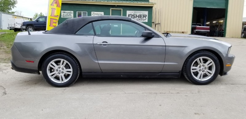 Ford Mustang 2010 price $7,940