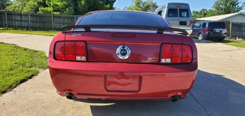 Ford Mustang 2006 price $11,570