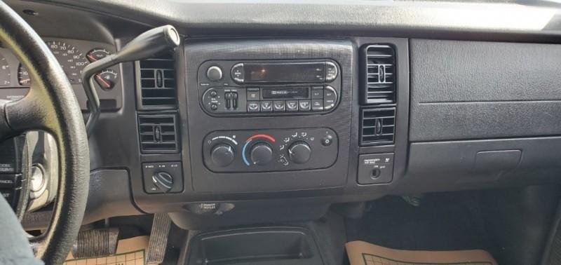 Dodge Dakota 2004 price $5,940