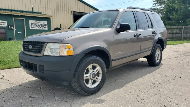 Ford Explorer 2005 price $2,949