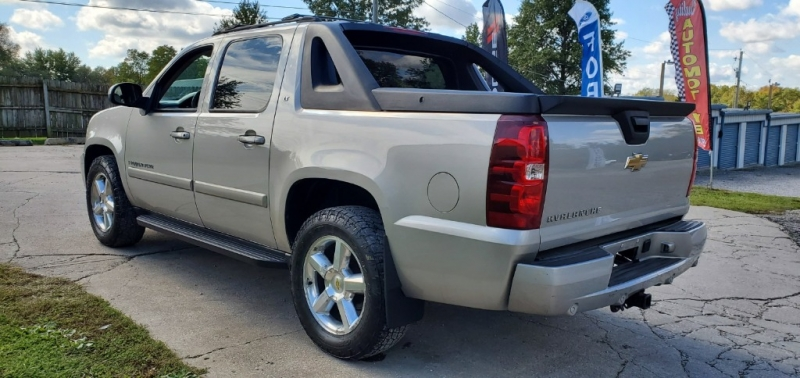 Chevrolet Avalanche 2007 price $11,495