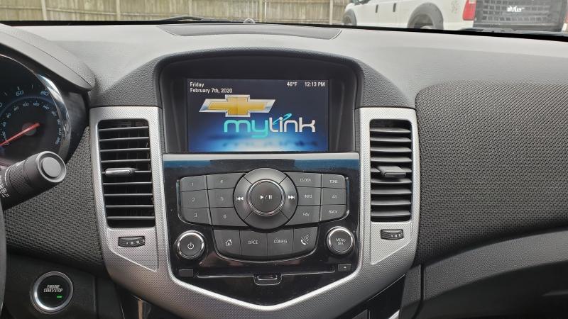 Chevrolet Cruze 2015 price $10,795
