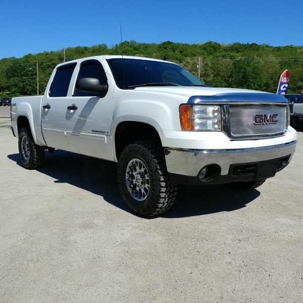 Lifted! 2008 GMC Sierra 1500 SLE Crew Cab 4x4 New Tires On