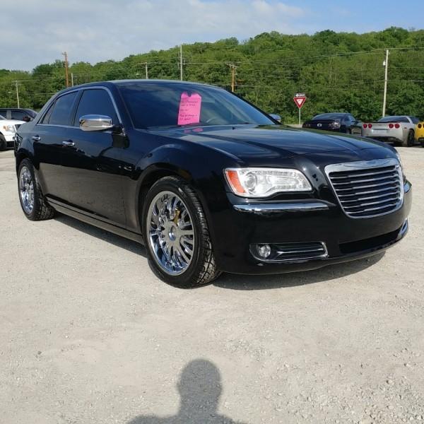 2012 Chrysler 300 Limited 20's, Full Tint, New Tires