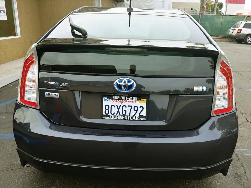 Toyota Prius 2015 price