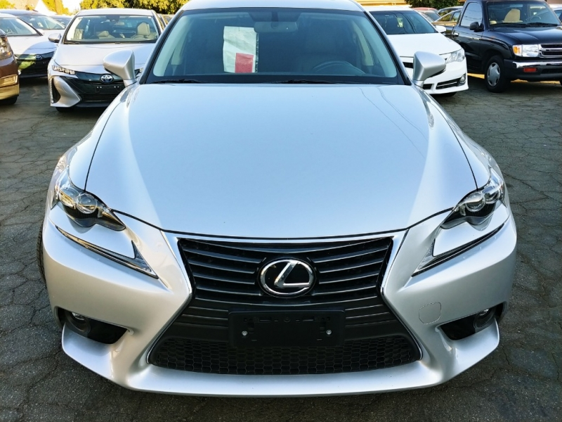 Lexus IS 200t 2016 price $18,999