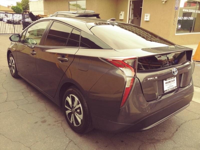 Toyota Prius 2018 price $15,999