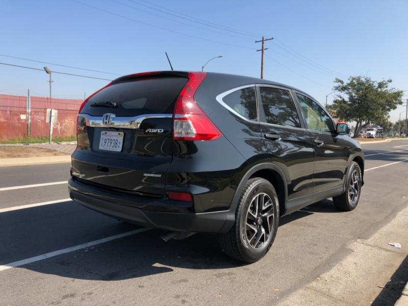 Honda CR-V 2016 price $13,999