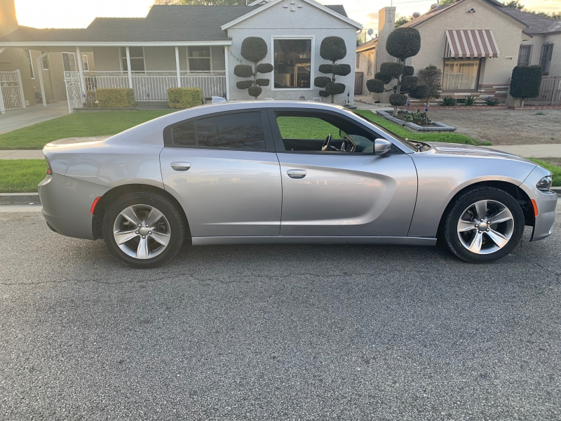 Dodge Charger 2016 price $12,900