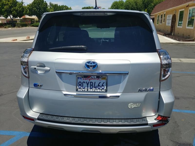 Toyota RAV4 EV 2012 price $11,990