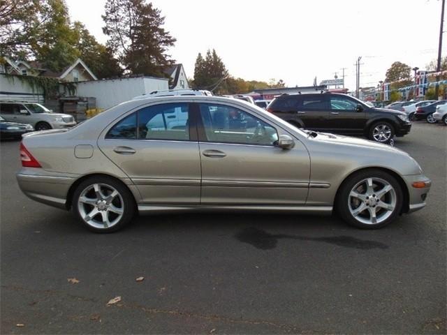 Mercedes-Benz C-Class 2007 price $9,950