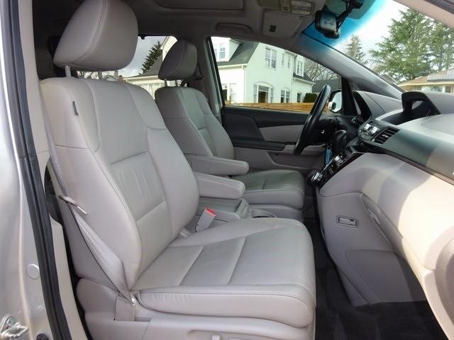 Honda Odyssey 2011 price $18,950