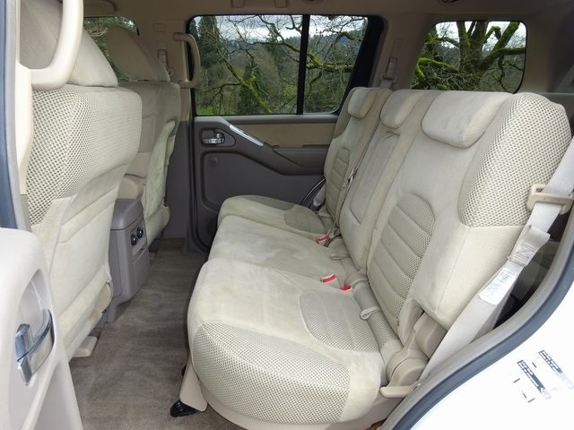 Nissan Pathfinder 2010 price $13,950