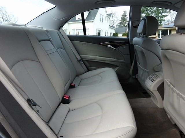 Mercedes-Benz E-Class 2009 price $13,950
