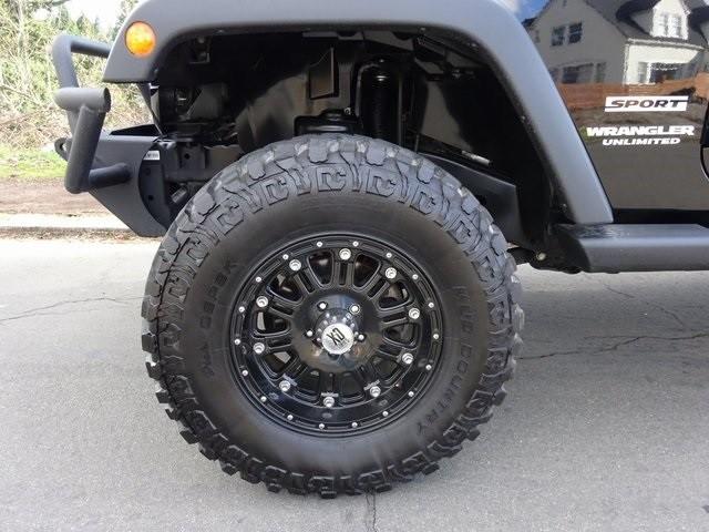 Jeep Wrangler 2011 price $25,950