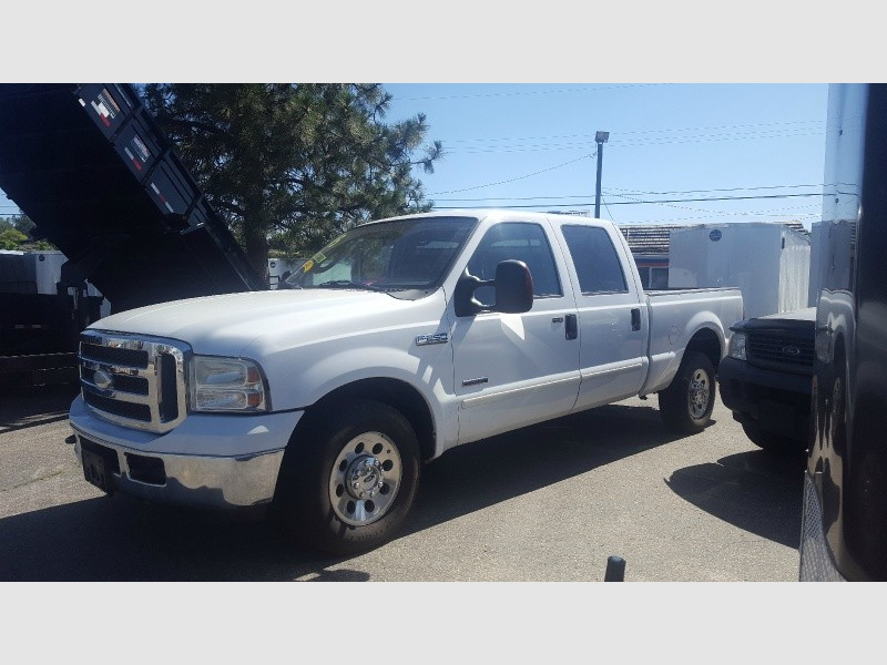 Ford Super Duty F-250 2005 price $8,995