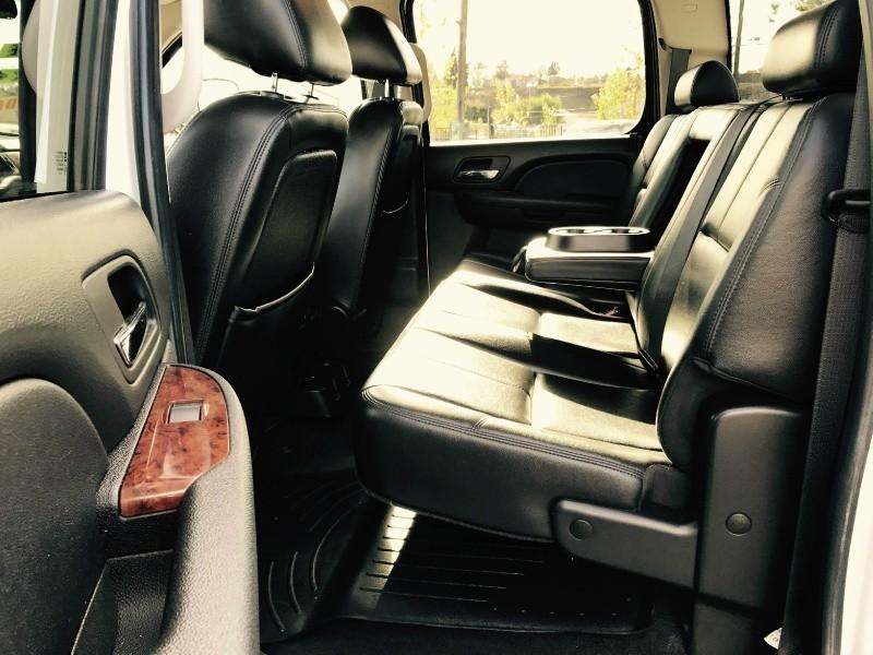 GMC Sierra 2500HD Crew Cab 4x4 2010 price $15,695