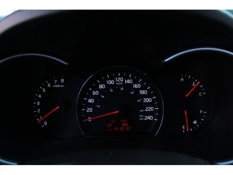 Kia Sorento 2014 price $15,889