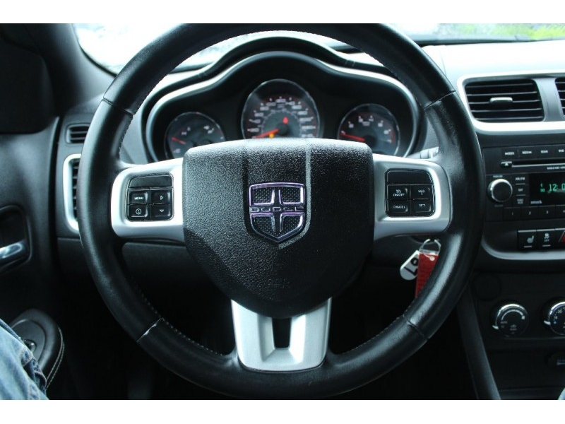 Dodge Avenger 2013 price $8,889