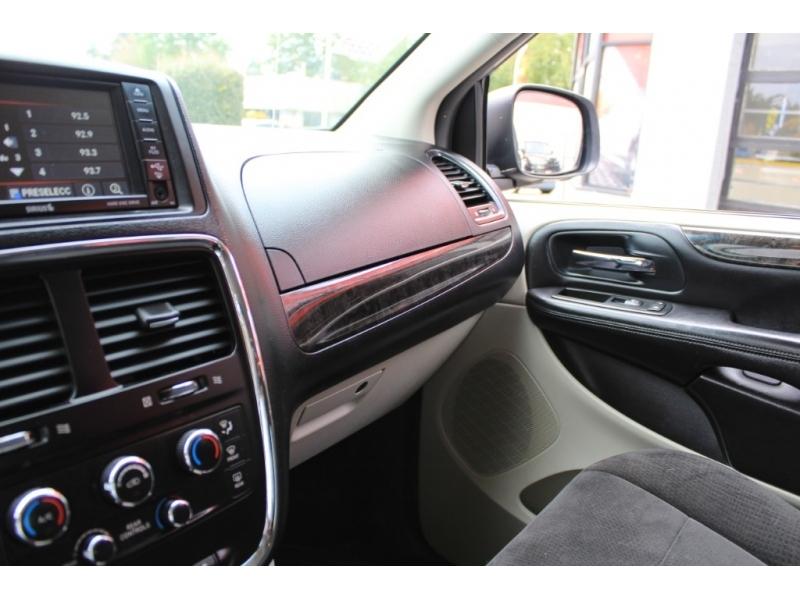 Dodge Grand Caravan 2013 price $10,889