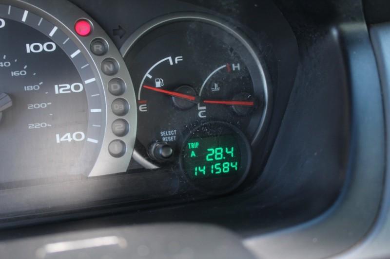 Honda Pilot 2005 price $7,995