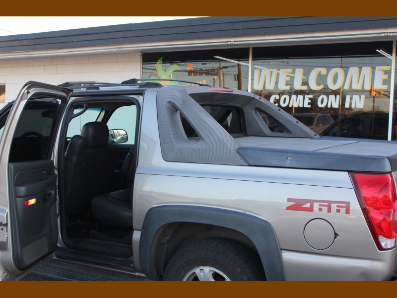 Chevrolet Avalanche 2003 price $7,995