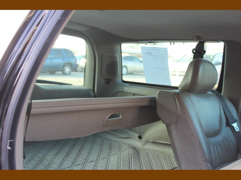 Volvo V70 2004 price $5,995