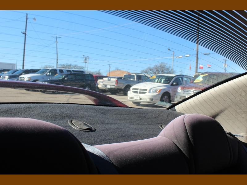 Dodge Neon 2004 price $5,995