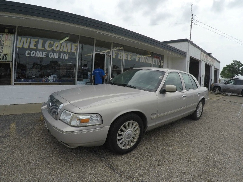 Mercury Grand Marquis 2009 price $5,995