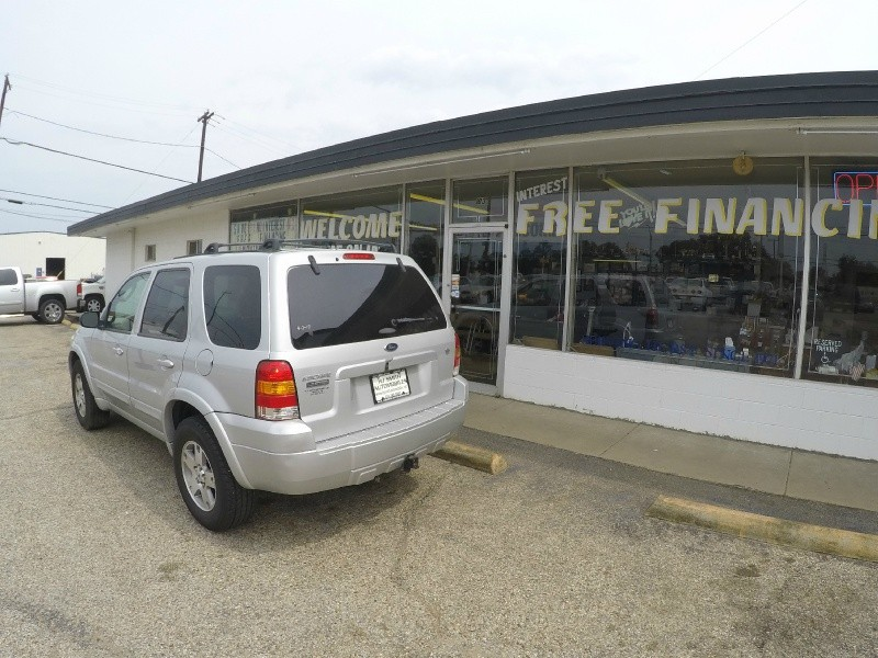 Ford Escape 2005 price $6,995