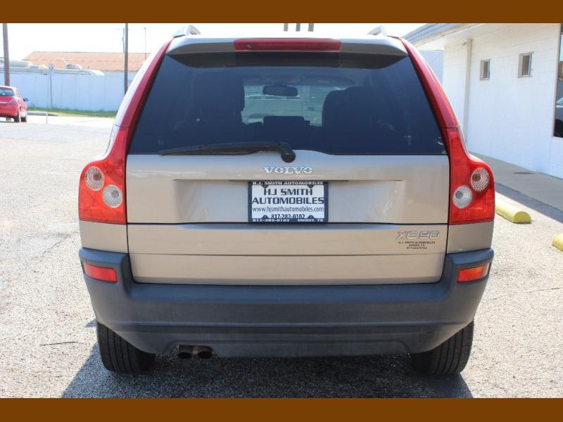 Volvo XC 90 2004 price $6,995