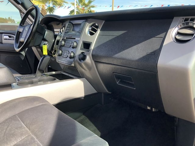 Ford Expedition EL 2015 price $17,995