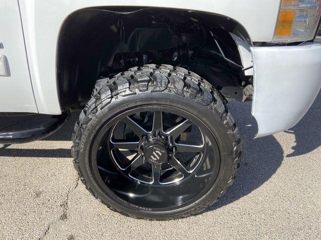 Chevrolet Silverado 2500 HD Crew Cab 2011 price $22,995