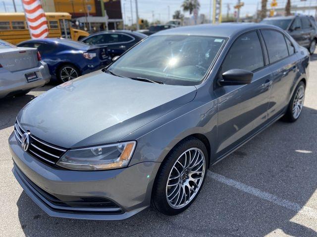 Volkswagen Jetta 2015 price $10,495