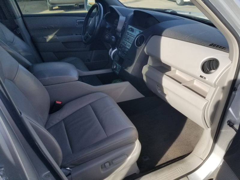 Honda Pilot 2009 price $9,000