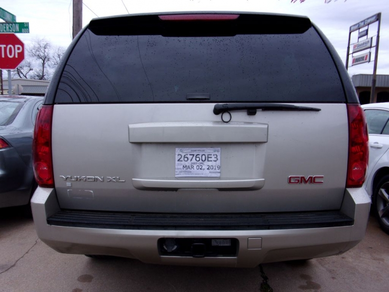 GMC YUKON XL 2007 price $13,995