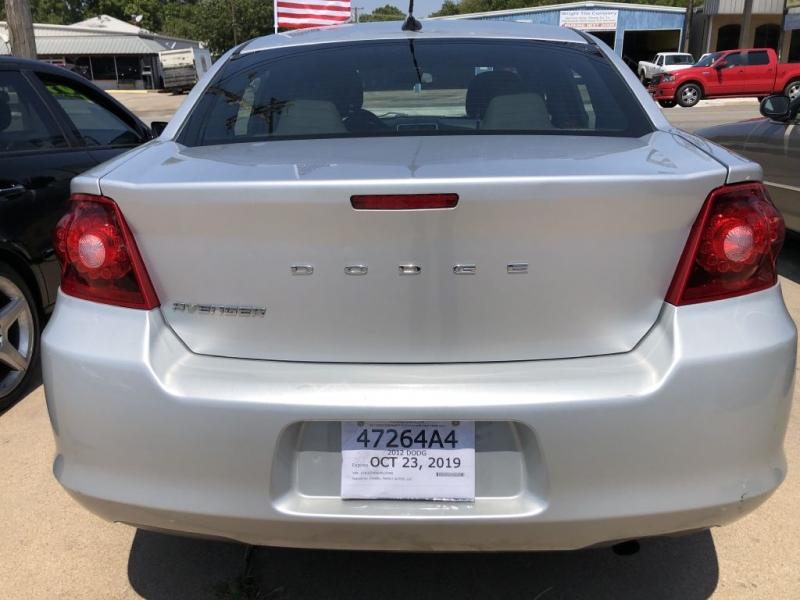 DODGE AVENGER 2012 price $8,995