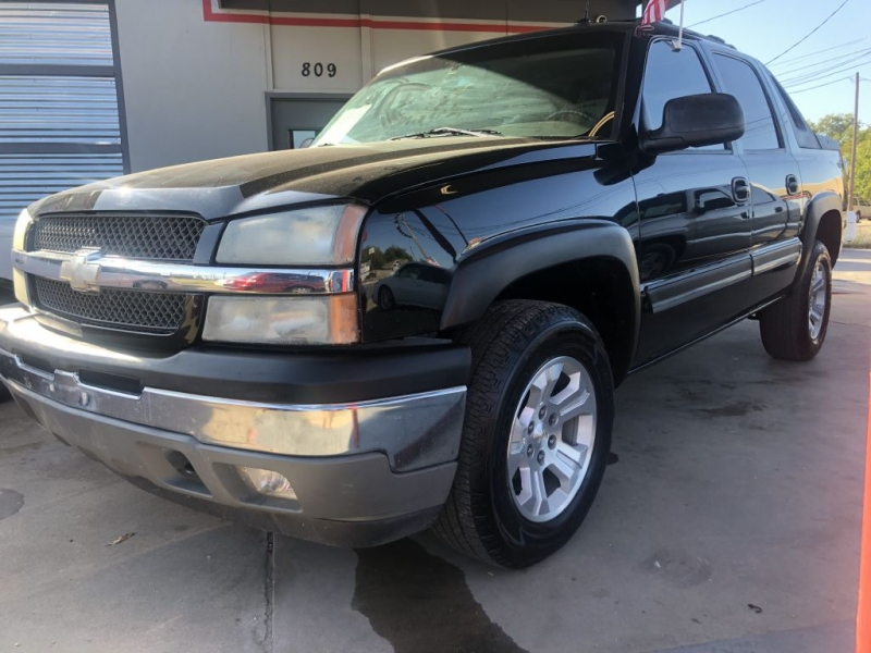 CHEVROLET AVALANCHE 2005 price $10,995