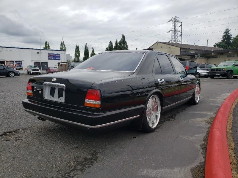 Nissan cima 1991 price $10,995