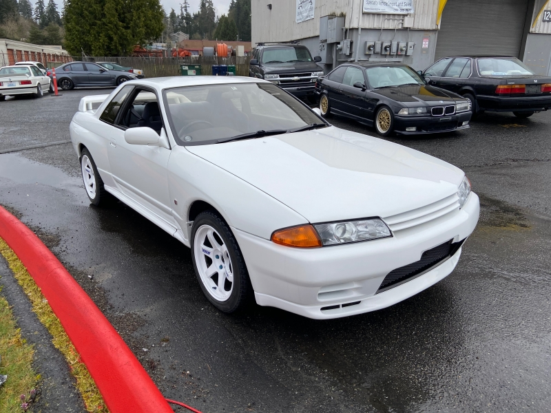 Nissan GT-R 1994 price $38,995